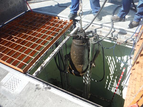 lifting-submersible-sewer-pump